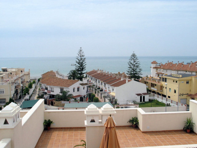 Penthouse apartment for sale in torre de benagalbon for Penthouse apartment for sale